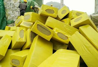 广西岩棉板发货现场案例